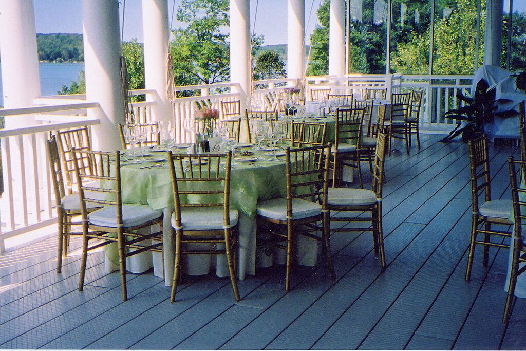 Gold Chiavari with Ivory Cushion Pistachio Eternity Stripe Overlay on 60 Round Table