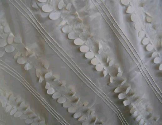 Where to find IVORY CASCADE LINEN in Petoskey