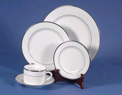 Where to find WHITE WITH PLATINUM TRIM CHINAWARE in Petoskey